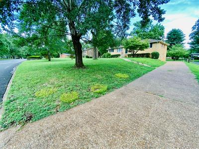 308 HIGHLAND DR, Old Hickory, TN 37138 - Photo 2