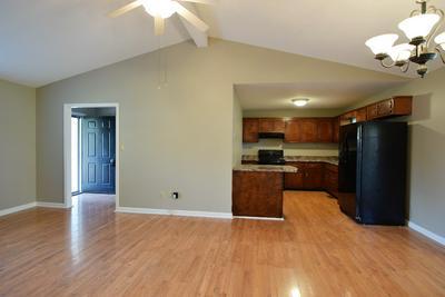3508 DUSTY LN, Hopkinsville, KY 42240 - Photo 2
