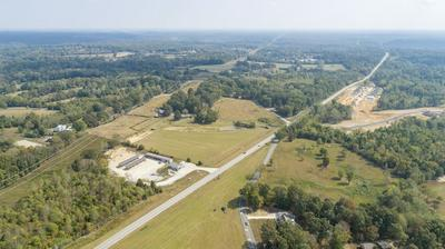 3501 HIGHWAY 96, BURNS, TN 37029 - Photo 2