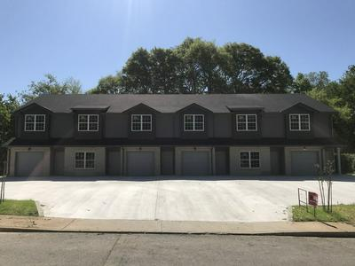 407 S 11TH ST, Clarksville, TN 37040 - Photo 1