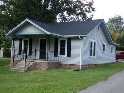 1306 W LINCOLN ST, Tullahoma, TN 37388 - Photo 2