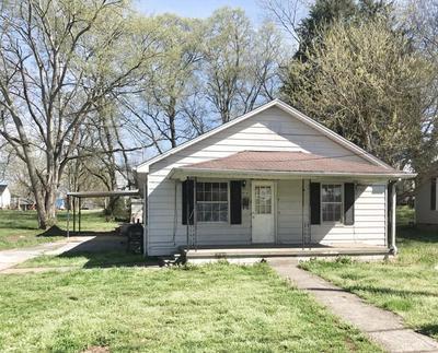 414 EVERGREEN ST, LAWRENCEBURG, TN 38464 - Photo 1