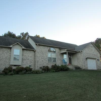 213 W LAUREL DR, Lawrenceburg, TN 38464 - Photo 1