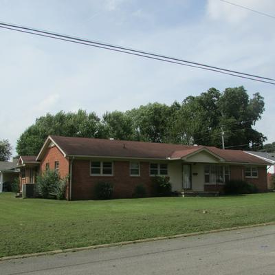 1101 2ND AVE, Lawrenceburg, TN 38464 - Photo 1
