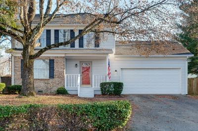 112 BRIAR OAKS CT, Old Hickory, TN 37138 - Photo 1