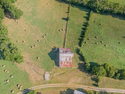 3373 SWEENEY HOLLOW RD, Franklin, TN 37064 - Photo 2