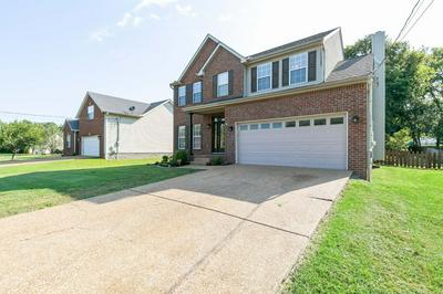 1641 EAGLE TRACE DR, Mount Juliet, TN 37122 - Photo 2
