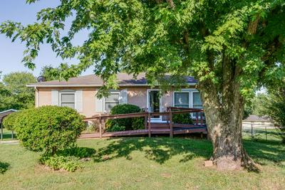 813 PERRY DR, Springfield, TN 37172 - Photo 1