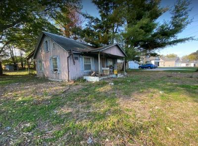 829 S MOUNTAIN ST, Smithville, TN 37166 - Photo 1