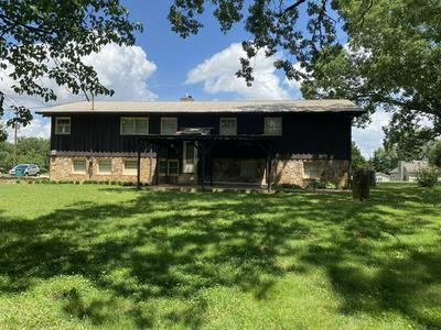 633 RIVA LAKE RD, Winchester, TN 37398 - Photo 2