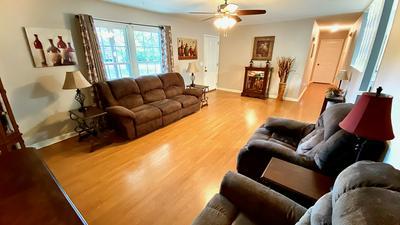 242 TIMBERLAKE DR, Estill Springs, TN 37330 - Photo 2