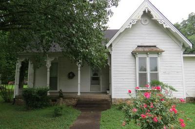 538 E MADISON ST, Pulaski, TN 38478 - Photo 2