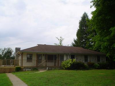 4183 BLEDSOE ST, Westmoreland, TN 37186 - Photo 1