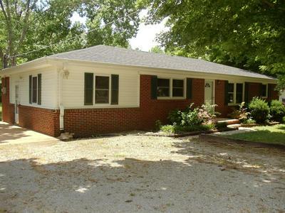 612 MORROW LN, Pulaski, TN 38478 - Photo 1