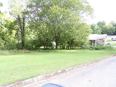 639 W WOODRING ST, Pulaski, TN 38478 - Photo 1