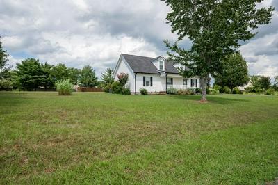 3010 LANCELOT DR, Murfreesboro, TN 37127 - Photo 2