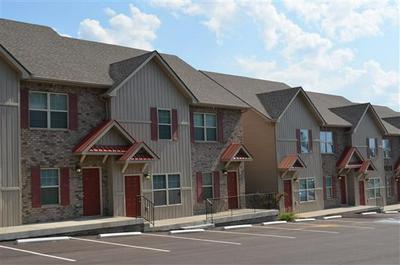 1511 WILMA RUDOLPH BLVD APT 2, Clarksville, TN 37040 - Photo 2