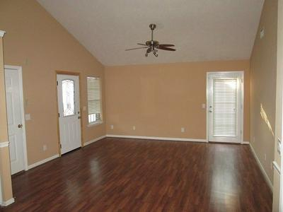 610 FREEDOM CT, Murfreesboro, TN 37129 - Photo 2