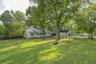 218 HART LN, Nashville, TN 37207 - Photo 2