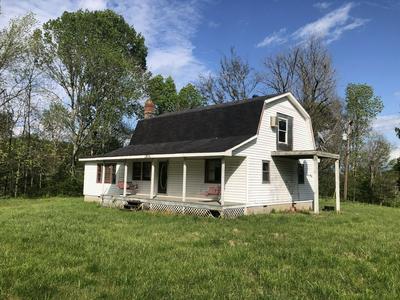 398 GARRISON LN, Cottontown, TN 37048 - Photo 2