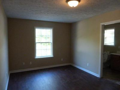 603 S SPRING ST, Manchester, TN 37355 - Photo 2