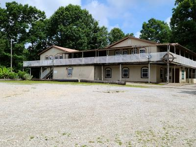 2381 LAWRENCEBURG HWY, Lawrenceburg, TN 38464 - Photo 2