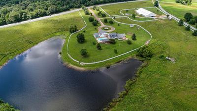 392 TURNPIKE RD, Lawrenceburg, TN 38464 - Photo 1