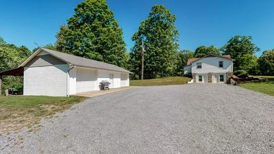 2253 GRAYS BEND RD, Centerville, TN 37033 - Photo 2