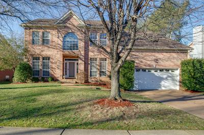 736 GLEN OAKS DR, Franklin, TN 37067 - Photo 2