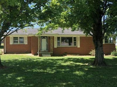 903 FREEMAN ST, Lafayette, TN 37083 - Photo 2