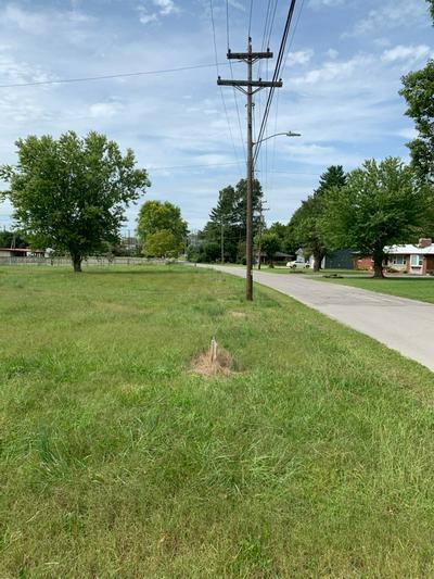 1 W MAIN ST, Smithville, TN 37166 - Photo 1