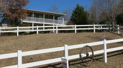 2800 JEANETTE HOLLADAY RD, Parsons, TN 38363 - Photo 2