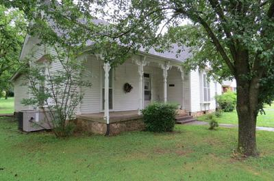 538 E MADISON ST, Pulaski, TN 38478 - Photo 1