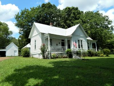 320 S MAIN ST, Waynesboro, TN 38485 - Photo 2