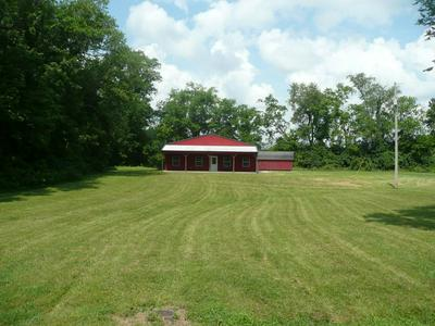 135 COLLIER LN, Gallatin, TN 37066 - Photo 2
