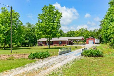 116 S MULBERRY ST, Cornersville, TN 37047 - Photo 2
