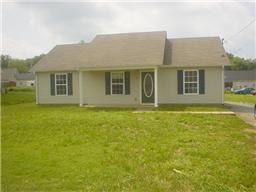 209 LORIEN CIR, Shelbyville, TN 37160 - Photo 1