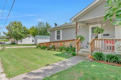 305 JACKSON ST, Smithville, TN 37166 - Photo 2