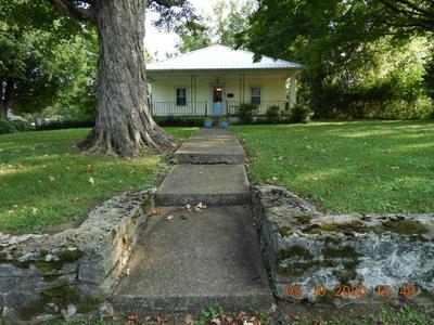 417 E JEFFERSON ST, Pulaski, TN 38478 - Photo 1