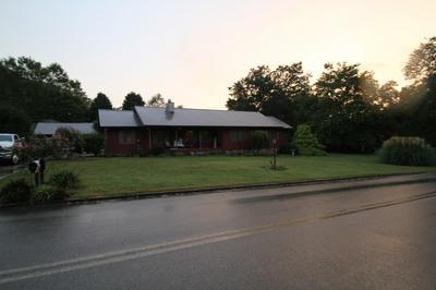 88 OAK CIR, Winchester, TN 37398 - Photo 1