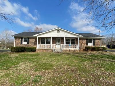1305 NORTHCUTT DR, SHELBYVILLE, TN 37160 - Photo 1