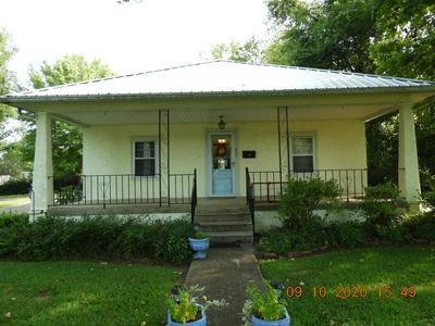 417 E JEFFERSON ST, Pulaski, TN 38478 - Photo 2