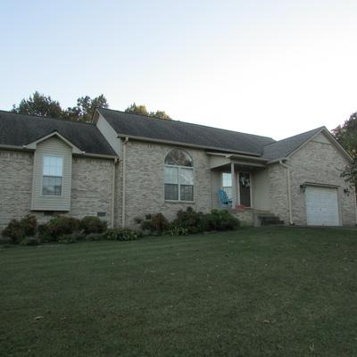 213 W LAUREL DR, Lawrenceburg, TN 38464 - Photo 2
