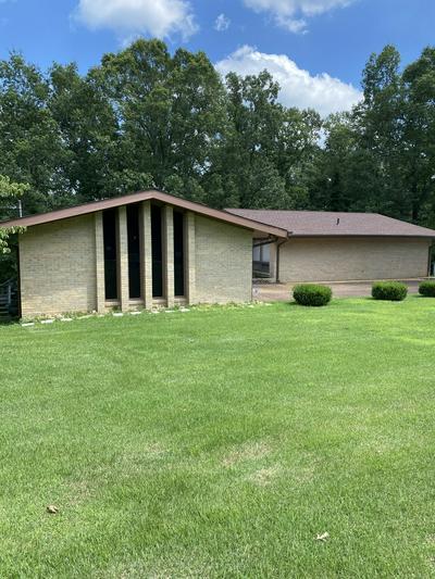 614 HURRICANE HILL DR, Waynesboro, TN 38485 - Photo 2