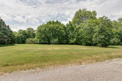 4027 ERWIN RD, Columbia, TN 38401 - Photo 1