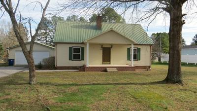 105 HILLTOP DR, Shelbyville, TN 37160 - Photo 1