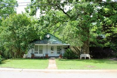 210 BLUFF ST, McMinnville, TN 37110 - Photo 1