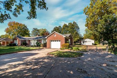 821 GILBREATH DR, Lawrenceburg, TN 38464 - Photo 1