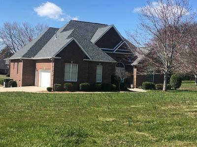385 FRANKLIN HEIGHTS DR, WINCHESTER, TN 37398 - Photo 2
