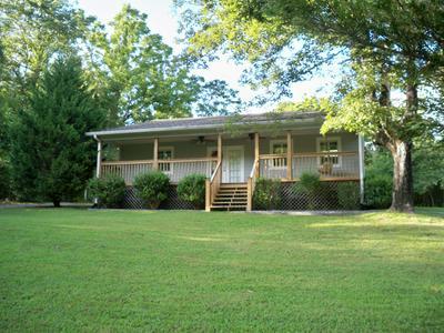 225 B Y BROWN RD, Charlotte, TN 37036 - Photo 1
